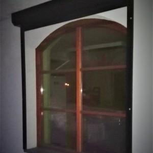 okno-brazowe2